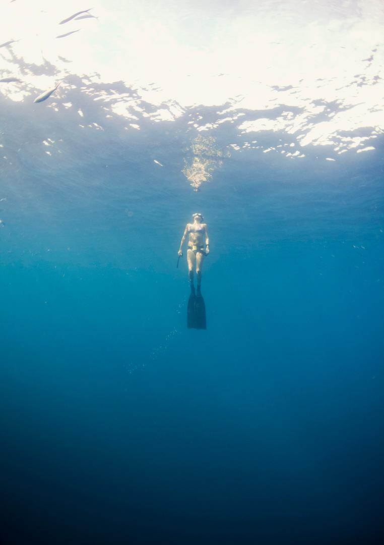 Freediver ascending